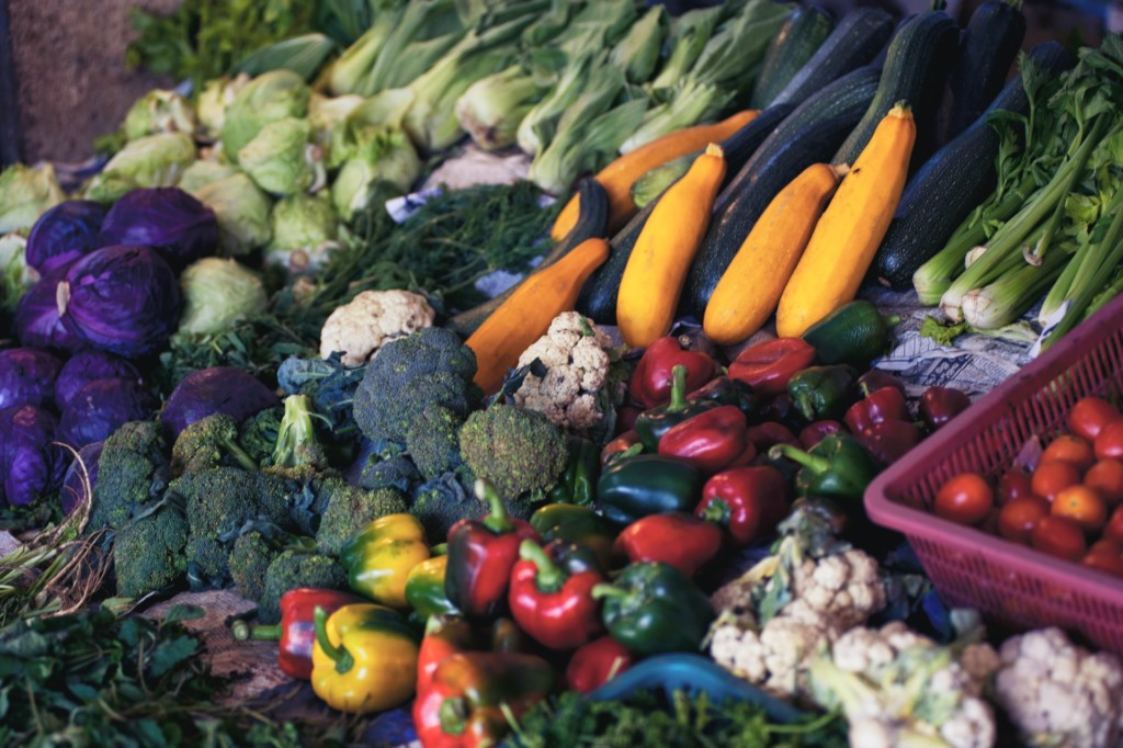 fresh fruits and vegetables produce market
